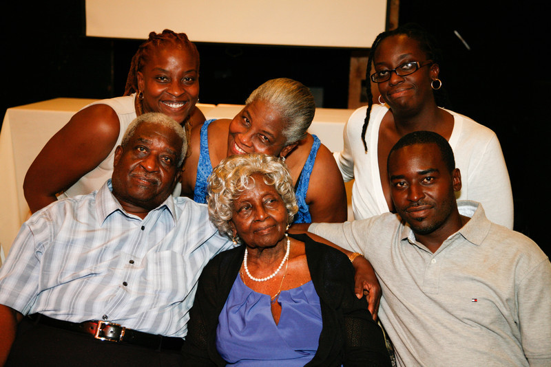 Edouard Family Reunion-3752.jpg