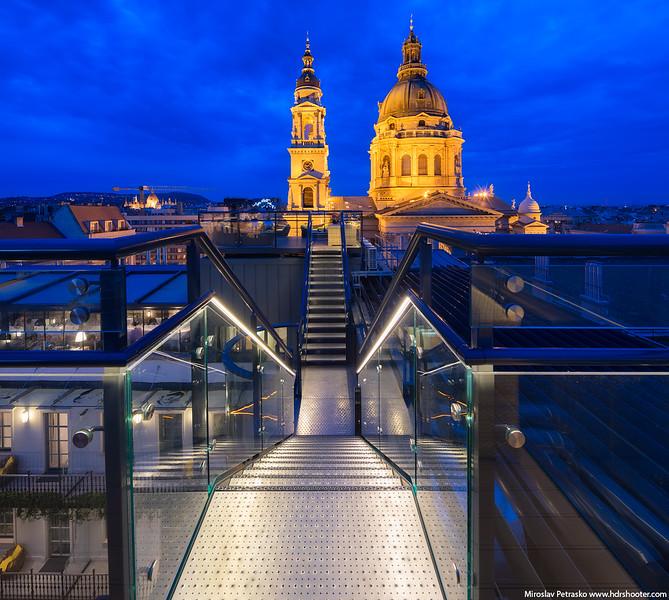 Budapest-IMG_7641-Pano-web.jpg