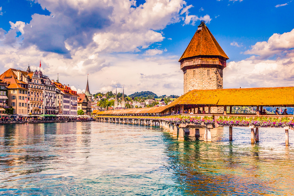 瑞士卢塞恩(Lucerne),特色花桥