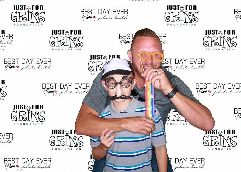 BDE2016-JustForGrinsFoundation-2016-PaulMitchellSchool-1057.jpg