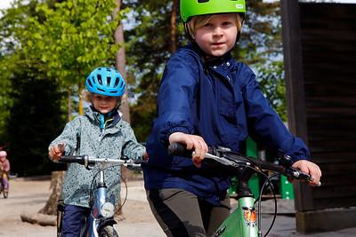 børn cykler