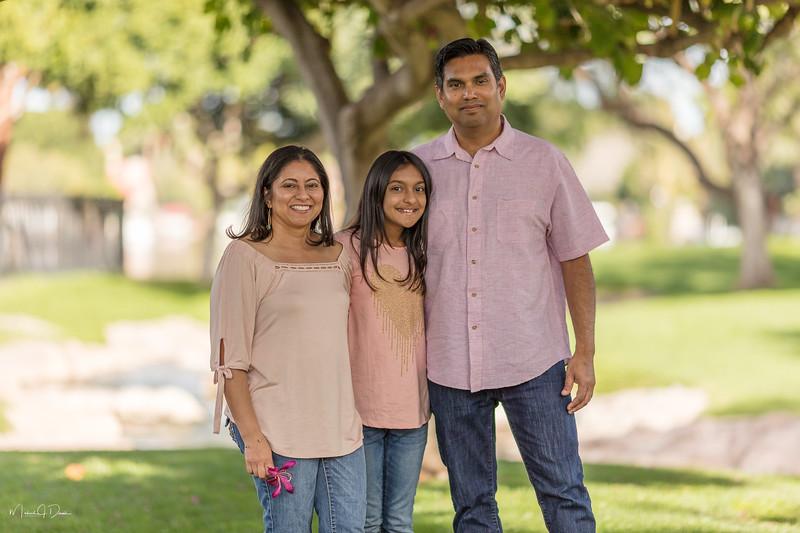 Urvi Family-138.jpg