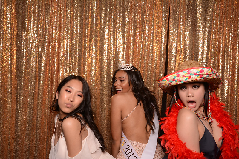 img_0568Mt Tahoma high school prom photobooth historic 1625 tacoma photobooth-.jpg