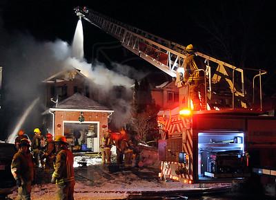 Oshawa, ON - Palmetto Court - Working Fire - February 15, 2011
