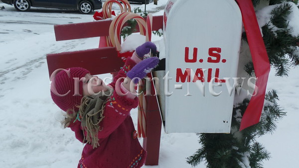 12-19-13 NEWS TL christmas pix