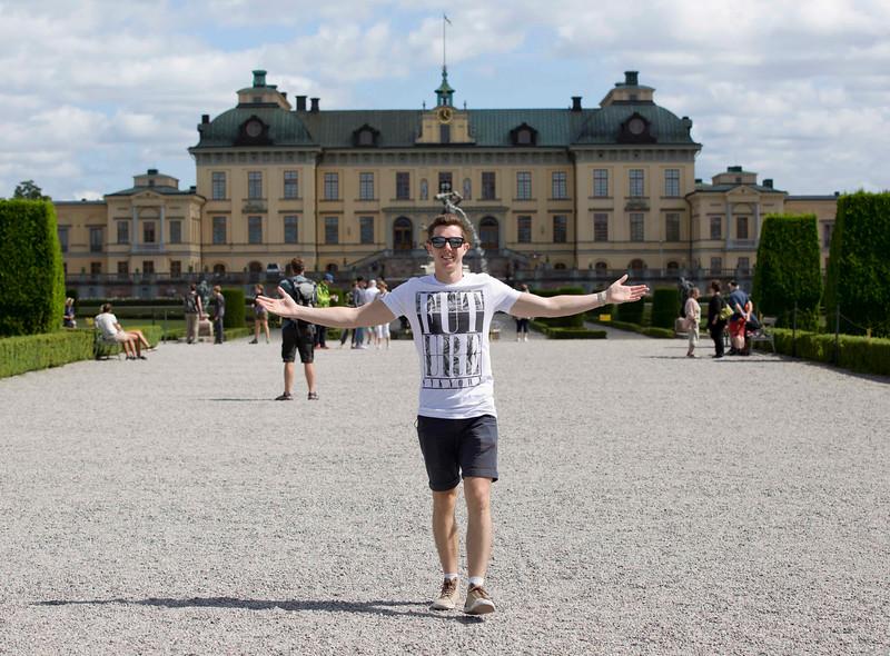 20160718 Stockholm - Luke at Drottningholm Palace 1368 g.jpg