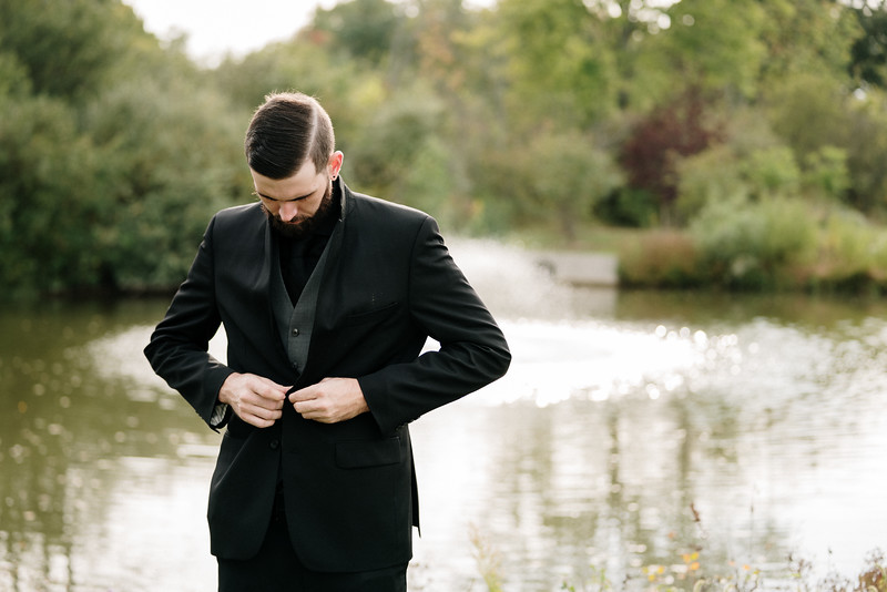 rustic_ohio__fall_barn_wedding-181.jpg