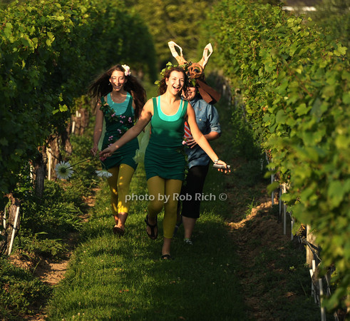 The Wolffer Estate Vineyard'sTwilight Thursday in Sagaponack 8-9-12.all photos by Rob Rich © 2012 robwayne1@aol.com 516-676-3939