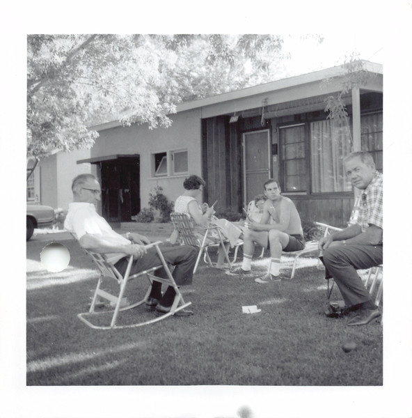 George, Elizabeth, Frankie, Jim, Ruben. Bloom's front yard. 1962?