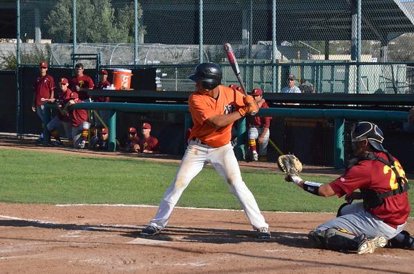 VC-Baseball_vs_PCC_20160225