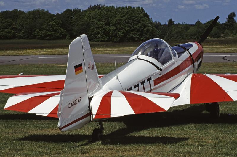 D-EZTT-ZlinZ-526AFSAcrobat-Private-EDXM-2004-05-23-NS-48-KBVPCollection.jpg