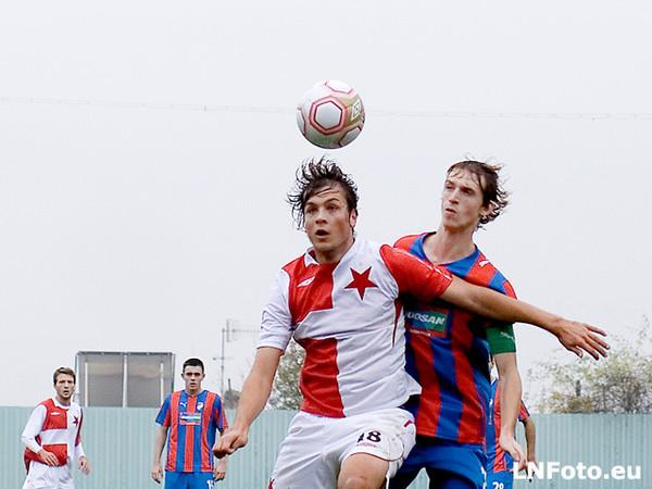 Bleskový Milutinovičův hattrick odstartoval kanonádu: Slavia - Plzeň jun. 6:0