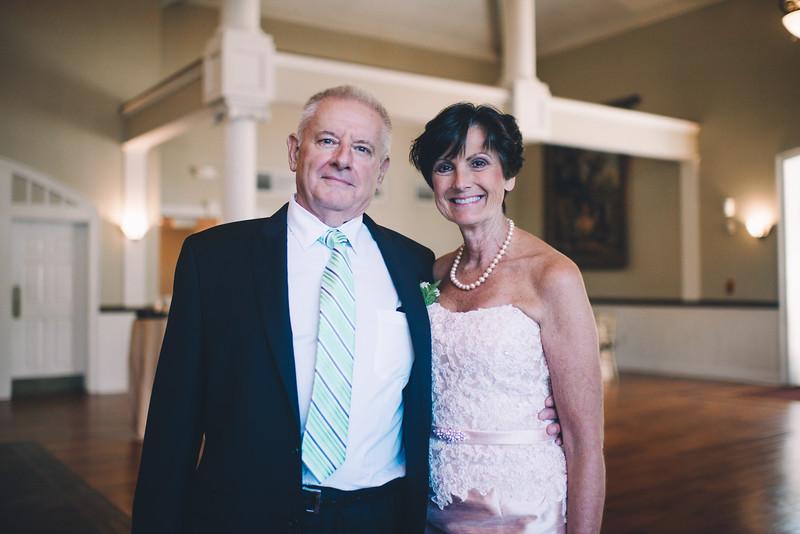 Philadelphia Wedding Photographer - Bernreuther-327.jpg