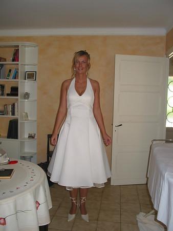 Christian en Petra trouwen in Fumel, Frankrijk  Chris and Petra get married in France!