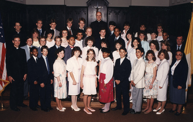 1986_st_johns_graduation_class_photo.jpg