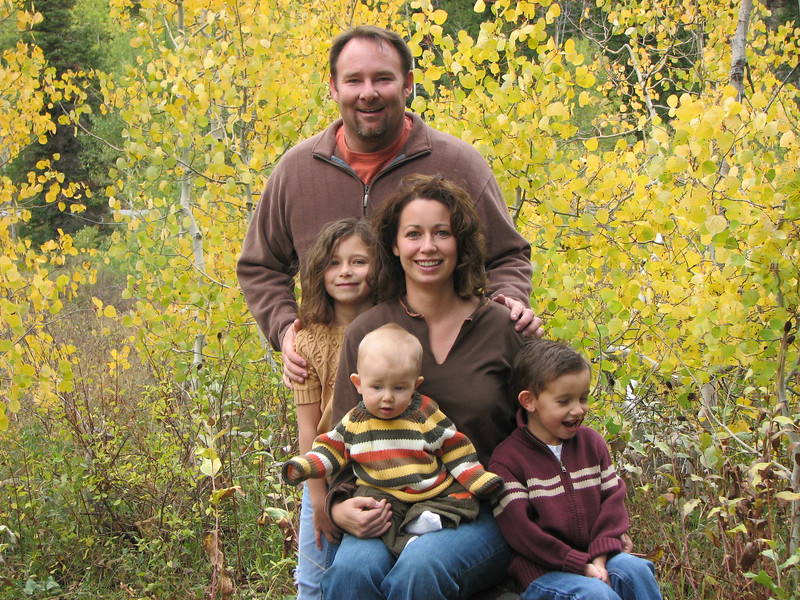 Sep-Fall Family Pics9.jpg