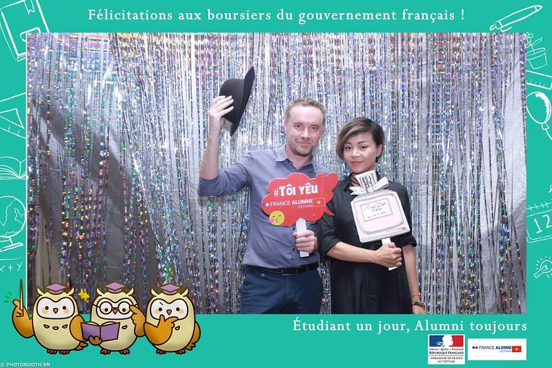 France-Alumni-Vietnam-photobooth-at-Franch-Embassy-Vietnam-photobooth-hanoi-in-hinh-lay-ngay-Su-kien-Lanh-su-quan-Phap-WefieBox-photobooth-vietnam-040.jpg