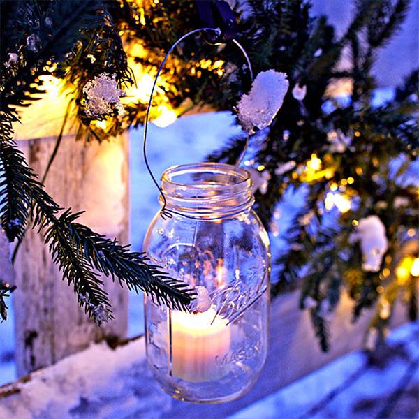 christmas-luminaries-101895143.jpg