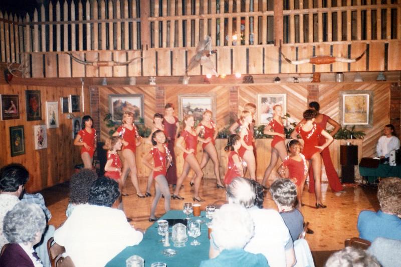 Dance_1806_a.jpg