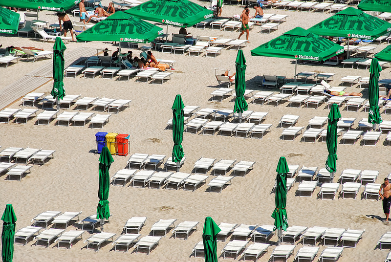 Romania Mamaia Beach.jpg