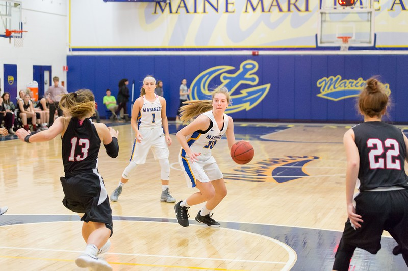 MMA-Womens-Basketball-18-19-II-135.jpg