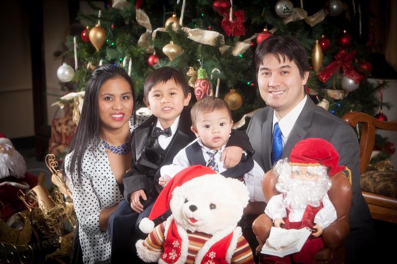 Pioneer Home Christmas December 25, 2013 0081.JPG