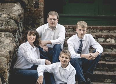 Manos family