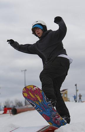 Snowboarding @ Elm Creek 11 March 2012