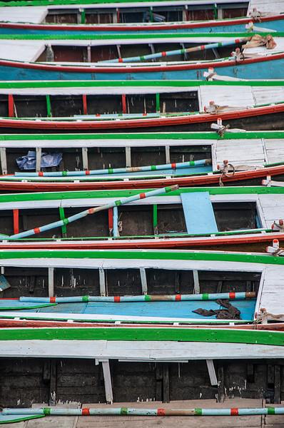 Varanasi-BoatsAabstract.jpg