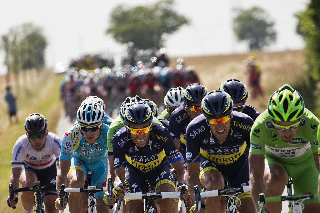 . Spain\'s Alberto Contador (C) rides during the 173 km thirteenth stage of the 100th edition of the Tour de France cycling race on July 12, 2013 between Tours and Saint-Amand-Montrond, central France.  JEFF PACHOUD/AFP/Getty Images