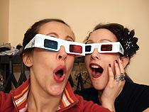 Jeni and Sarah goofing around