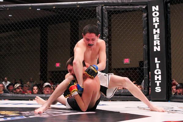 Jimmy Baird vs Luke Thompson