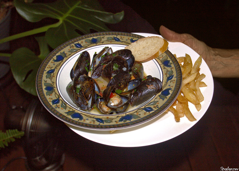 Moules Frites with the Robsons Alpharetta, GA, USA  10/07/2018 This work is licensed under a Creative Commons Attribution- NonCommercial 4.0 International License.