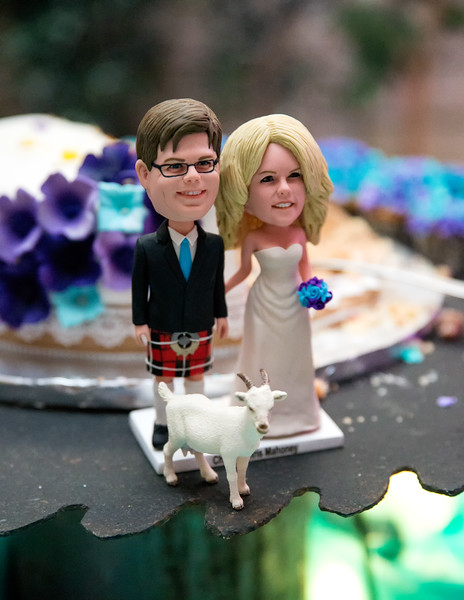 Cake topper with Goat.jpg