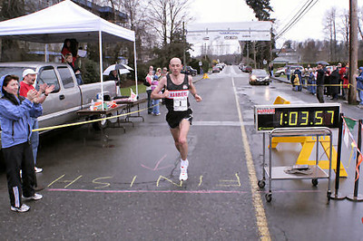 2005 Comox Valley Half Marathon - ComoxHalf2005-Al-Livsey-025.jpg