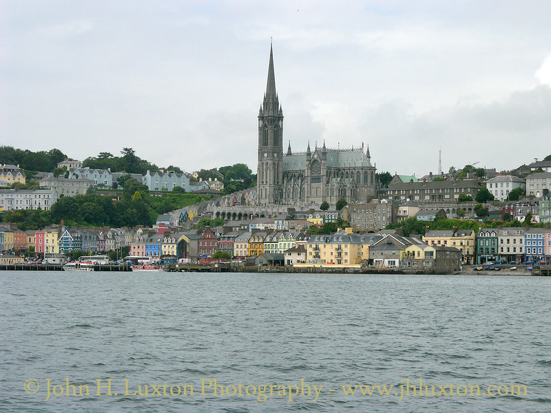 Cóbh, County Cork, Eire - July 27, 2004