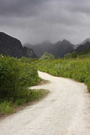 Hatcher Pass Climbing in the Rain Again