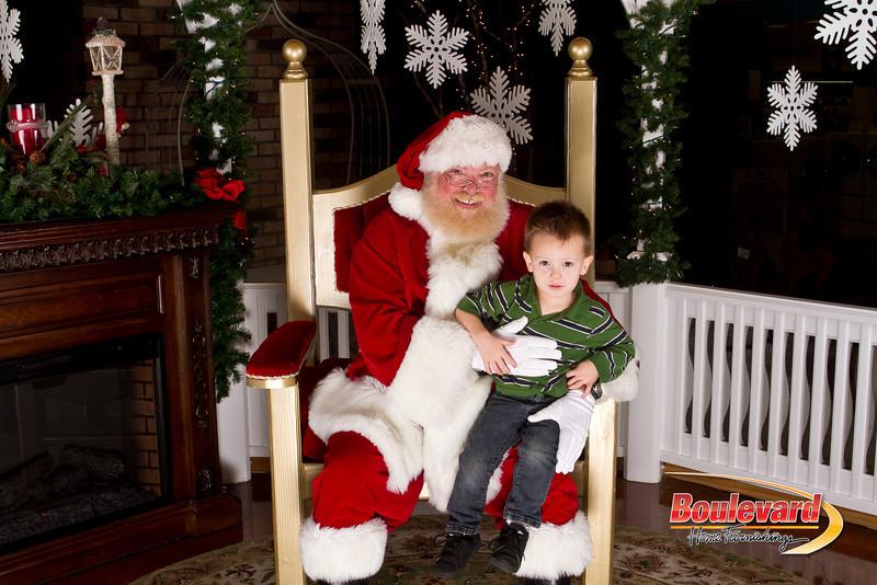 Santa Dec 15-217.jpg