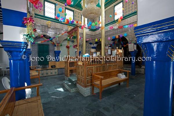 TUNISIA, Djerba, Hara Kebira. Synagogue Rabbi Pinchas Yana (3.2016)