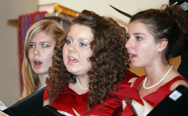 Lutheran-West-High-School-Choir-Fall-2012---c143915-009.jpg