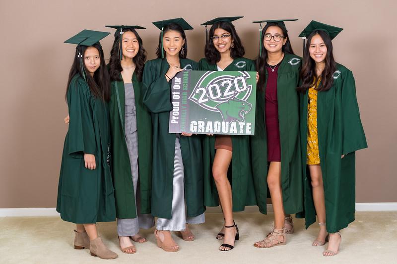 20200521_sarah-friends-connally-graduation_002.jpg