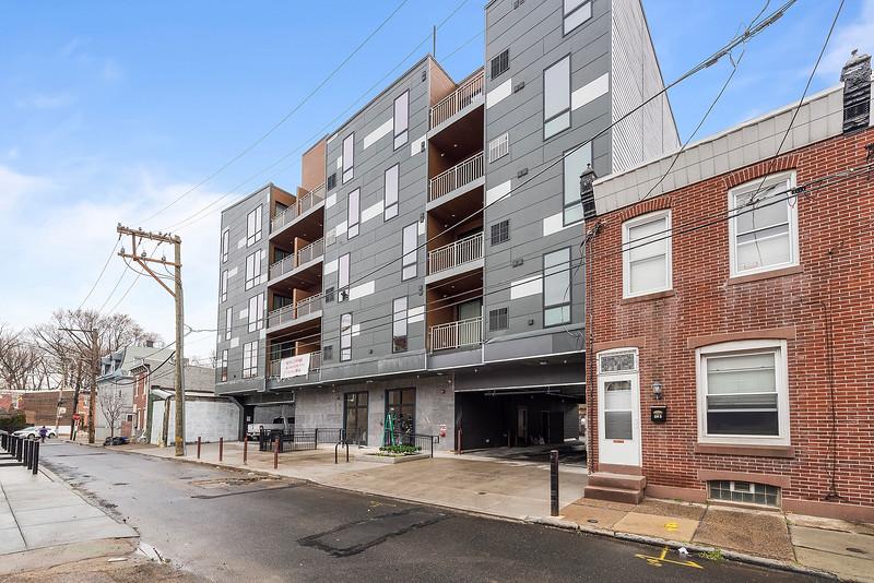 Yoav Shiiffman 6 units 438 Memphis Street-online-71.jpg