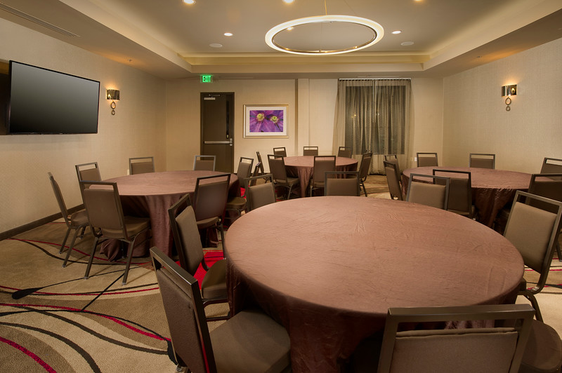 34+-Meeting Room Rounds-CY Grapevine.jpg