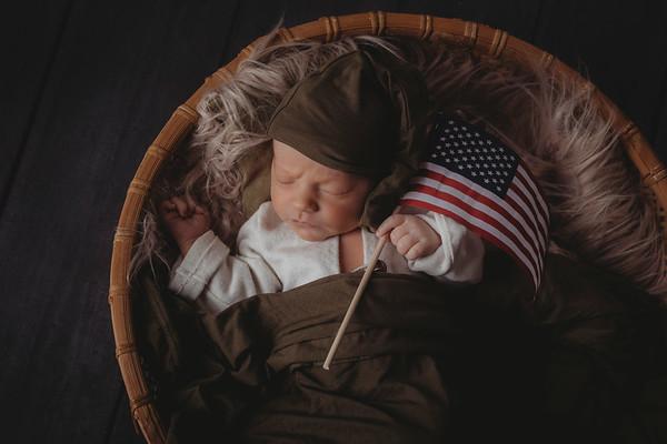 Huntly - Newborn 2020