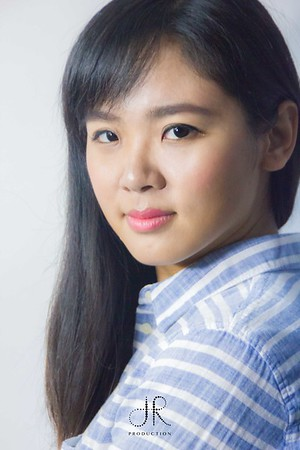 Portrait - Mona Wang
