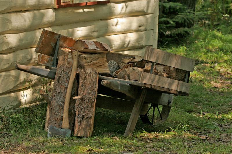 Wheelbarrow | Sauna wood