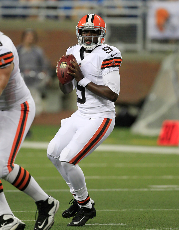 . News-Herald file Cleveland Browns quarterback Thaddeus Lewis (9) looks downfield during the second half of an NFL preseason football game against the Detroit Lions in Detroit, Friday, Aug. 10, 2012.