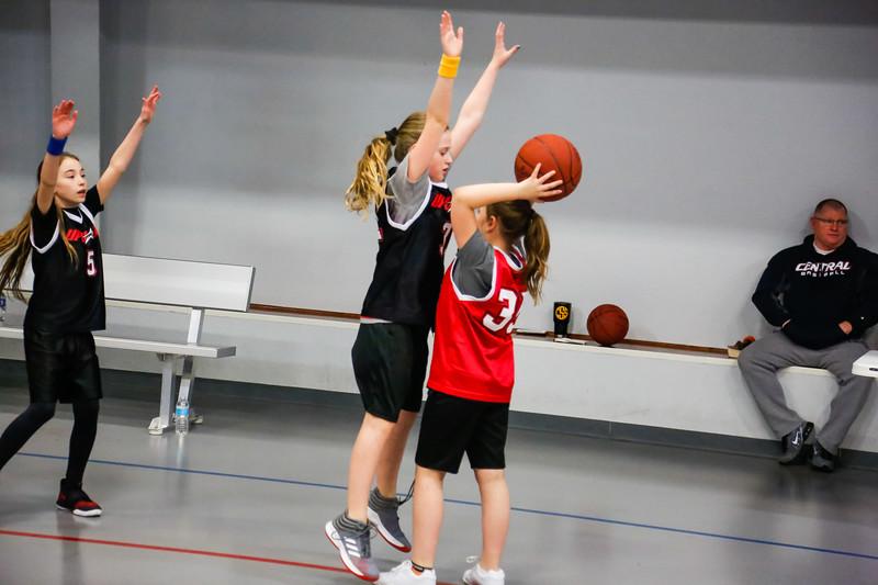 Upward Action Shots K-4th grade (1460).jpg