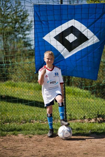 hsv-fussballschule---wochendendcamp-hannm-am-22-und-23042019-z-36_47677895832_o.jpg