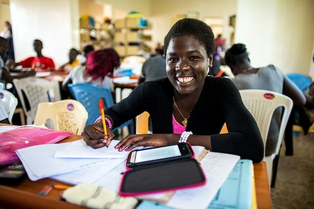 2015 Passports With Purpose fundraiser provides free e-readers to students in Western Kenya